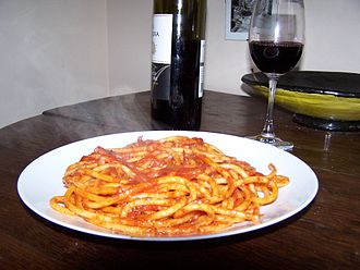 Bucatini - Image: Bucatini amatriciana