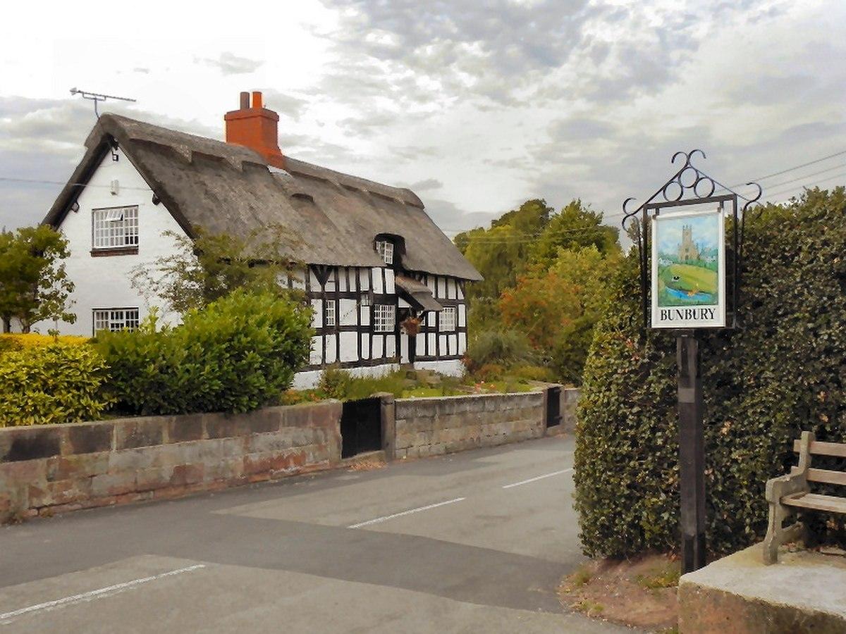 Bunbury Cottage and Tudor Cottage, Bunbury.jpg