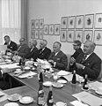 Bundesarchiv B 145 Bild-F023247-0006, Ältestenrat-Sitzung mit Horace King.jpg