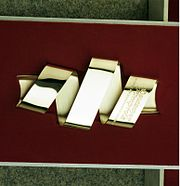 """Bundesarchiv B 145 Bild-F081356-0017, Deutscher Filmpreis """"Das Goldene Filmband"""".jpg"""