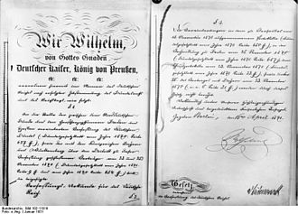 Constitution of the German Empire - First and last page of the constitution of 1871, with the signature of Wilhelm, German Emperor and King of Prussia