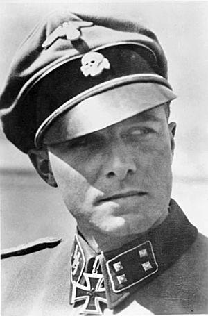 Joachim Peiper - Image: Bundesarchiv Bild 183 R65485, Joachim Peiper