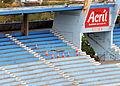 Buraco da arquibancada do Estádio da Fonte Nova fechado com tábuas visto de cima.jpg