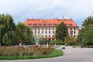 Bytom - Plac Akademicki - public square