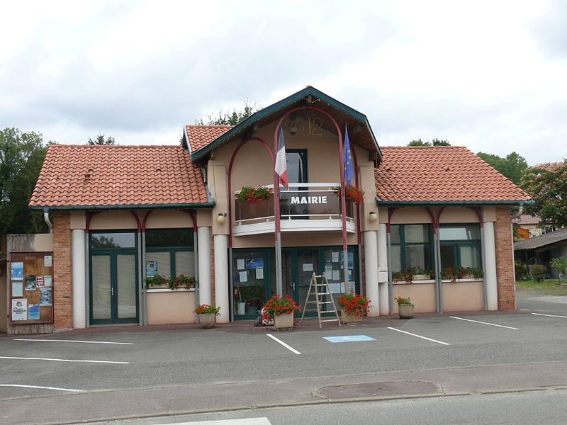 Fichier:Cagnotte - Mairie.jpg