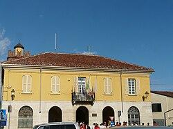 Casal Cermelli-municipio.jpg