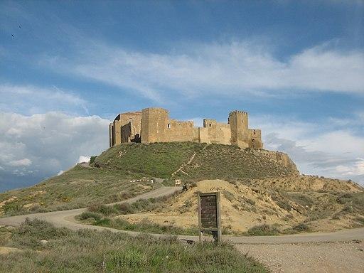 Castillo de Montearagon - exterior