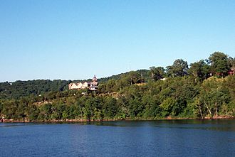Beaver, Arkansas - Castle Rogue's Manor on the shores of Table Rock Lake