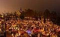 Celebración de Todos los Santos, cementerio de la Santa Cruz, Gniezno, Polonia, 2017-11-01, DD 16-18 HDR.jpg