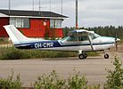 Cessna 182P OH-CMR at EFSO 20110712.jpg