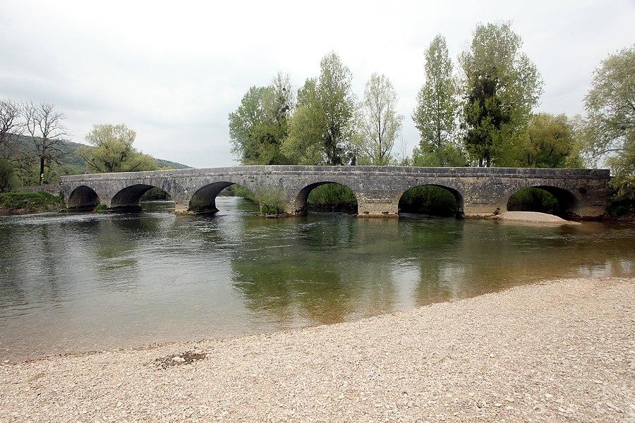 Pont sur la Loue à Chay (Doubs).
