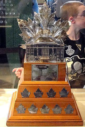 Conn Smythe Trophy - Image: Conn Smythe Trophy 2010 04 03