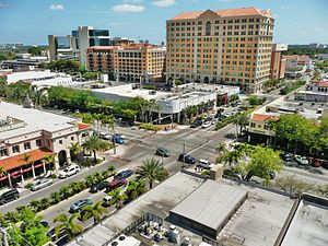 Miracle Mile (Coral Gables) - Image: Coral Gables Miracle Mile 20100403