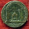 Cristoforo di geremia, medaglia di paolo II, verso con tribuna petri, 1470.JPG