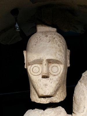 Dettaglio testa di un Gigante di Monte Prama - gli occhi