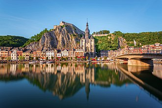Dinant - Image: Dinant reflected