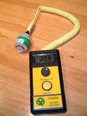 Oxygen sensor - A diving breathing gas oxygen analyser
