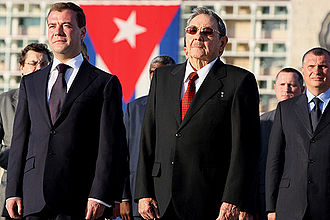 Raúl Castro - Castro with Russian President Dmitry Medvedev, 28 November 2008