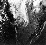 Dogs Head Glacier, terminus of mountain glacier, August 25, 1964 (GLACIERS 6469).jpg