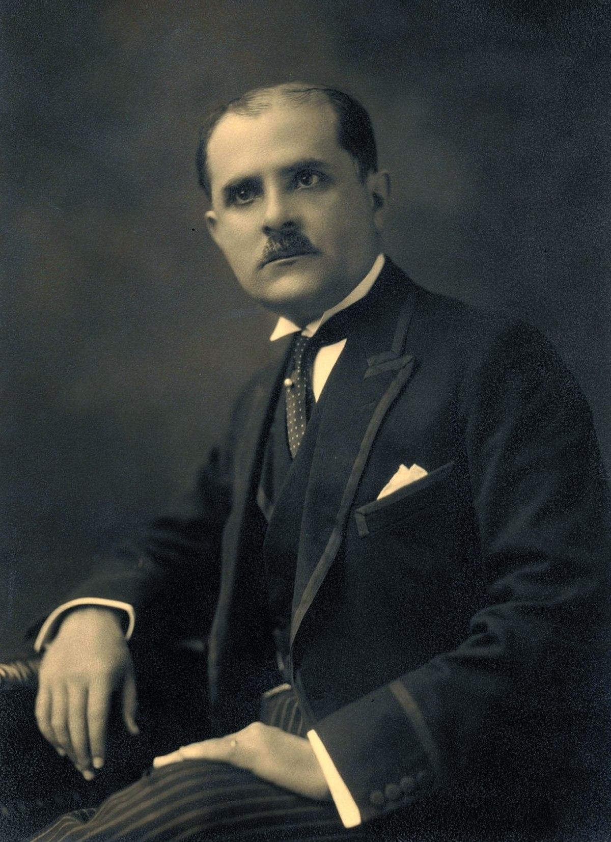 Luis Antonio Eguiguren - Wikipedia, la enciclopedia libre