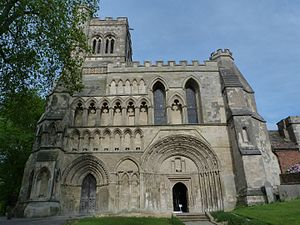 Dunstable Priory - Dunstable priory facade