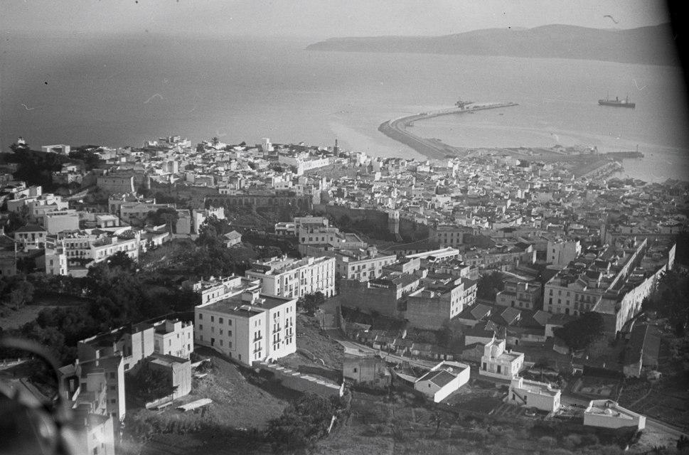 ETH-BIB-Sicht auf Tanger-Nordafrikaflug 1932-LBS MH02-13-0452