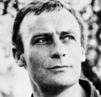Edward Woodward - Image: Edward Woodward 1971