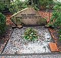 Ehrengrab Wilhelm-Blume-Allee 10 (Tegel) Franz Neumann.jpg