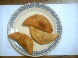 Español: Empanadas de carne fritas.