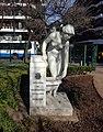 Escultura Fuente de la Doncella de Llimona Brughera II.jpg