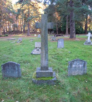 Eustace Tennyson d'Eyncourt - Grave of Eustace Tennyson d'Eyncourt (central cross) in Brookwood Cemetery