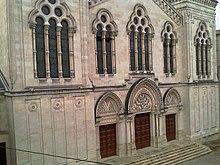 Façade de la synagogue de Bordeaux