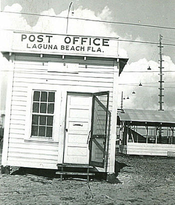 English: A fake post office in Laguna Beach, F...