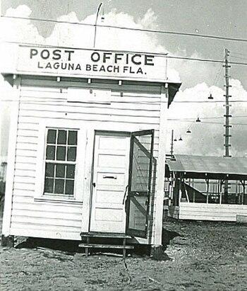 English: A fake post office in Laguna Beach, F...