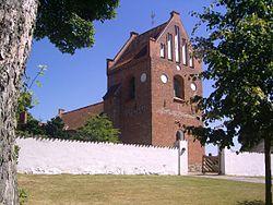 Farum Kirke fra nord¢st.JPG