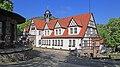 Feengrotten Quellenhaus.jpg