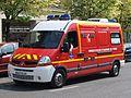 Fire dept - Ambulance Renault at Orleans p2.JPG