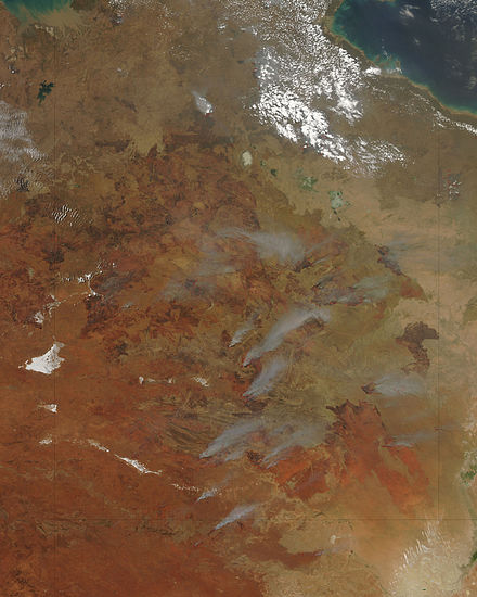 Satellite image of fire activity in central Australia Fires in Northern Territory, Australia.jpg