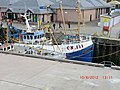 Fishing Boats alongside the Pier in Oban - panoramio.jpg