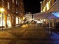 Flensburg Nordermarkt Zugang vom Hafen Nacht.jpg