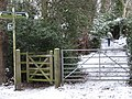 Footpath junction on Kemnal Road - geograph.org.uk - 1656031.jpg