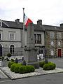 Fougerolles-du-Plessis (53) Monument aux morts.JPG