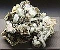 Freiberg, Terra mineralia, Apatit, Bergkristall, Siderit, Chalkopyrit.JPG