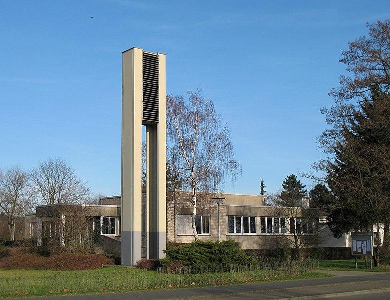 Datei:Friedenskirche (Köln-Urbach).jpg