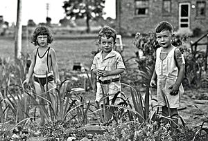 Children in 1929. During my pre-school years, ...