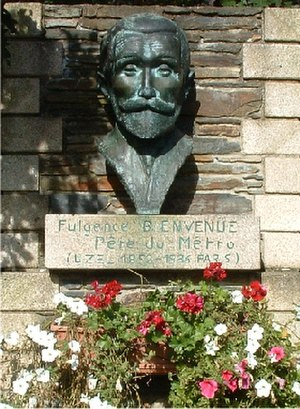 Fulgence Bienvenüe - Bronze head of Bienvenüe at Uzel, his home town, with label calling him Father of the Métro