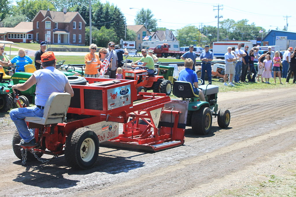 Tractor Pull Sled Flag : Garden tractor pulling sled ftempo