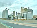 Goole Docks, Grain Silos - geograph.org.uk - 191984.jpg