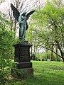Grabengel - Hannover-Linden Stadtfriedhof Am Lindener Berge (Lindener Bergfriedhof) - panoramio.jpg