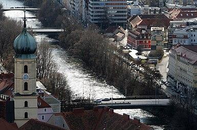 Graz Mur Brücken Franziskanerkirche 2012.jpg